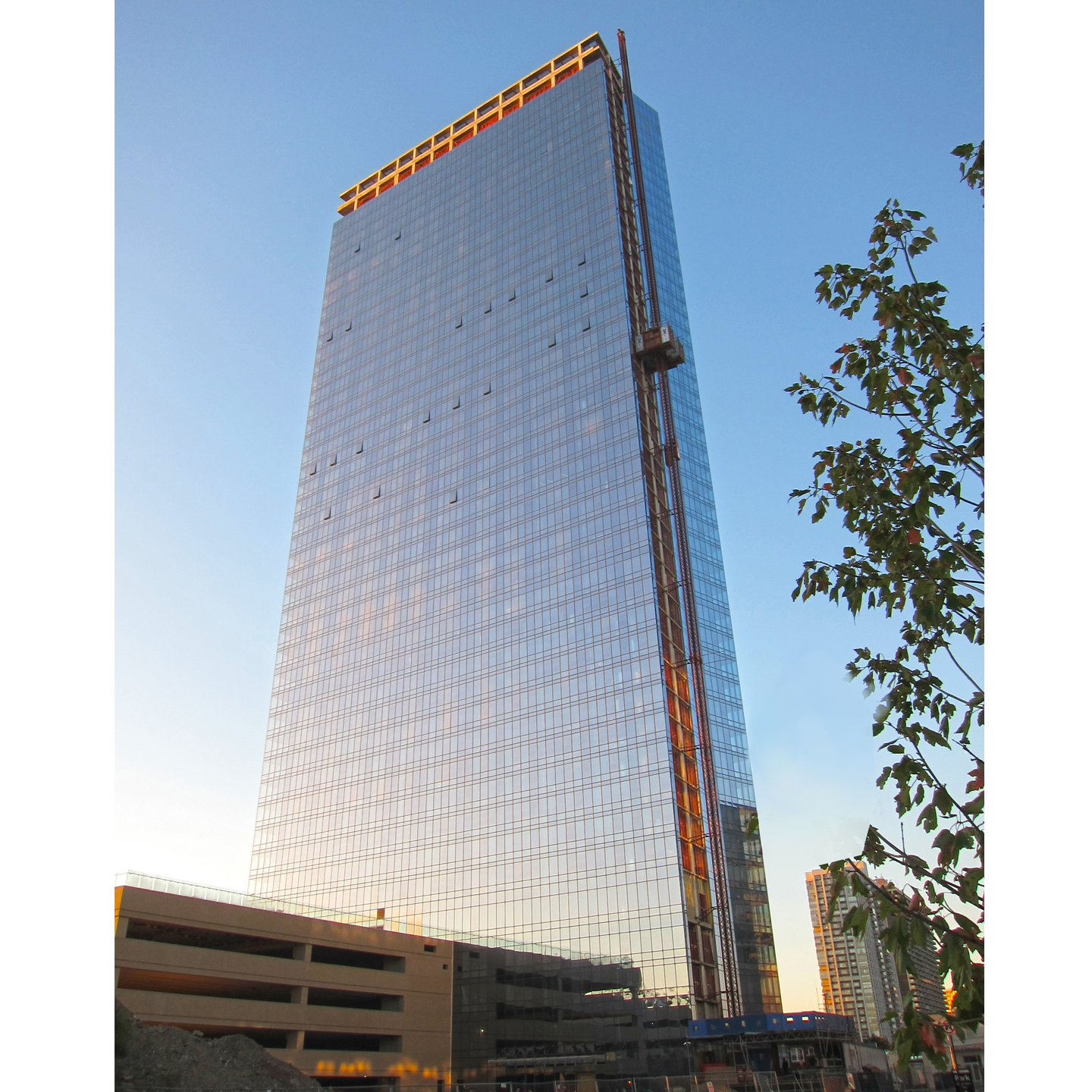 100 Park Avenue, Fort Lee (2nd of the twin towers)